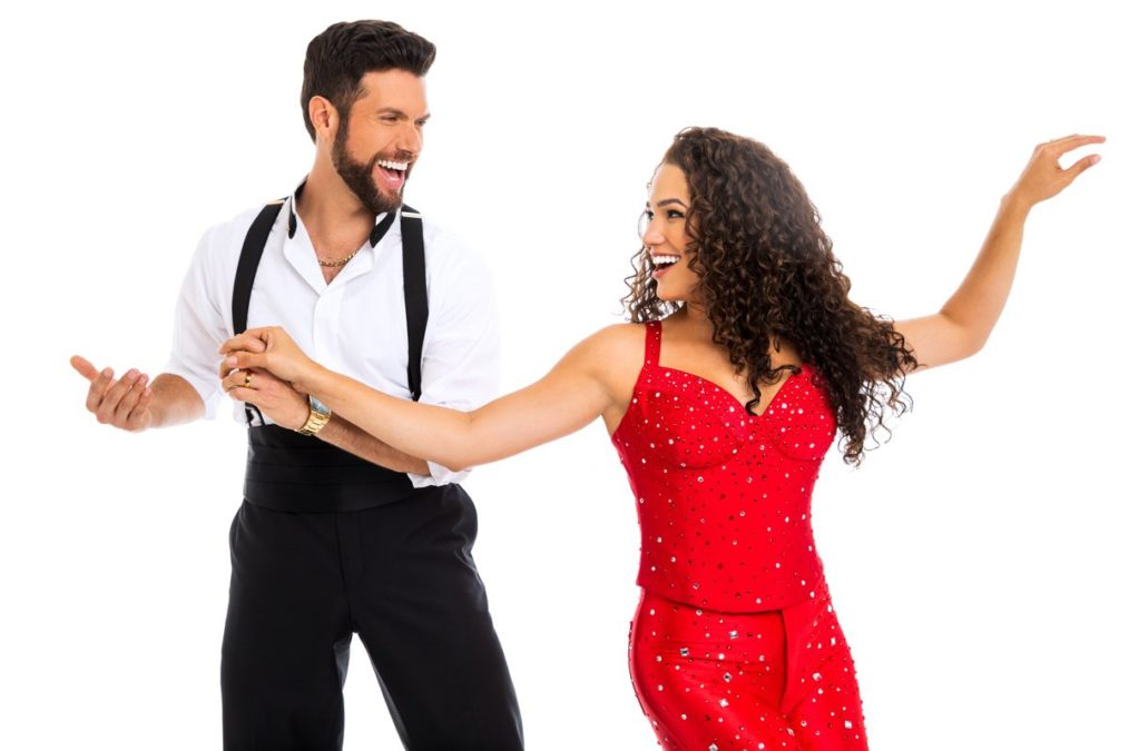 National Tour Show Promo Photos - On Your Feet! - 8/17 - Photo: Matthew Murphy