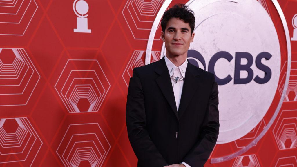 darren criss - 2020 tony awards - red carpet - emk